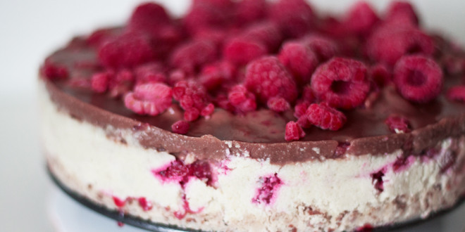 9 Healthier Cheesecakes That Will Enrich Your Life